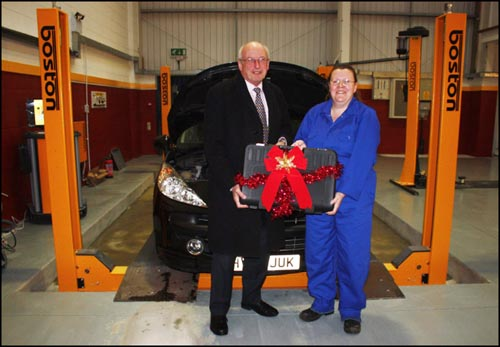 Nick Raynsford MP and Carolyn Morgan in the Boston-equipped workshop
